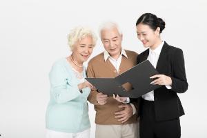 给老人买商业保险